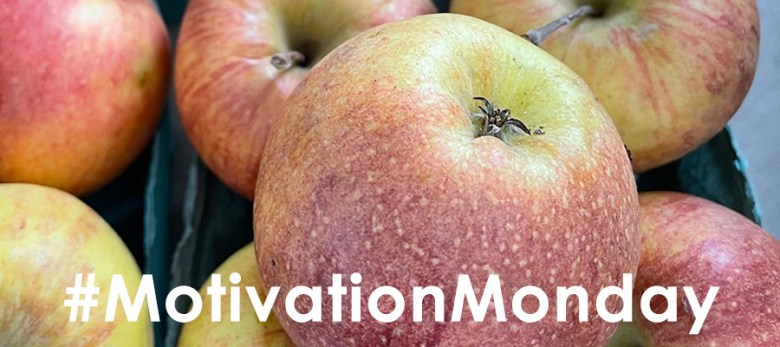 Picture of Apples with quote Recognize and reward the fruits of your labor and other's achievements! from #MotivationMonday from Karl Robb
